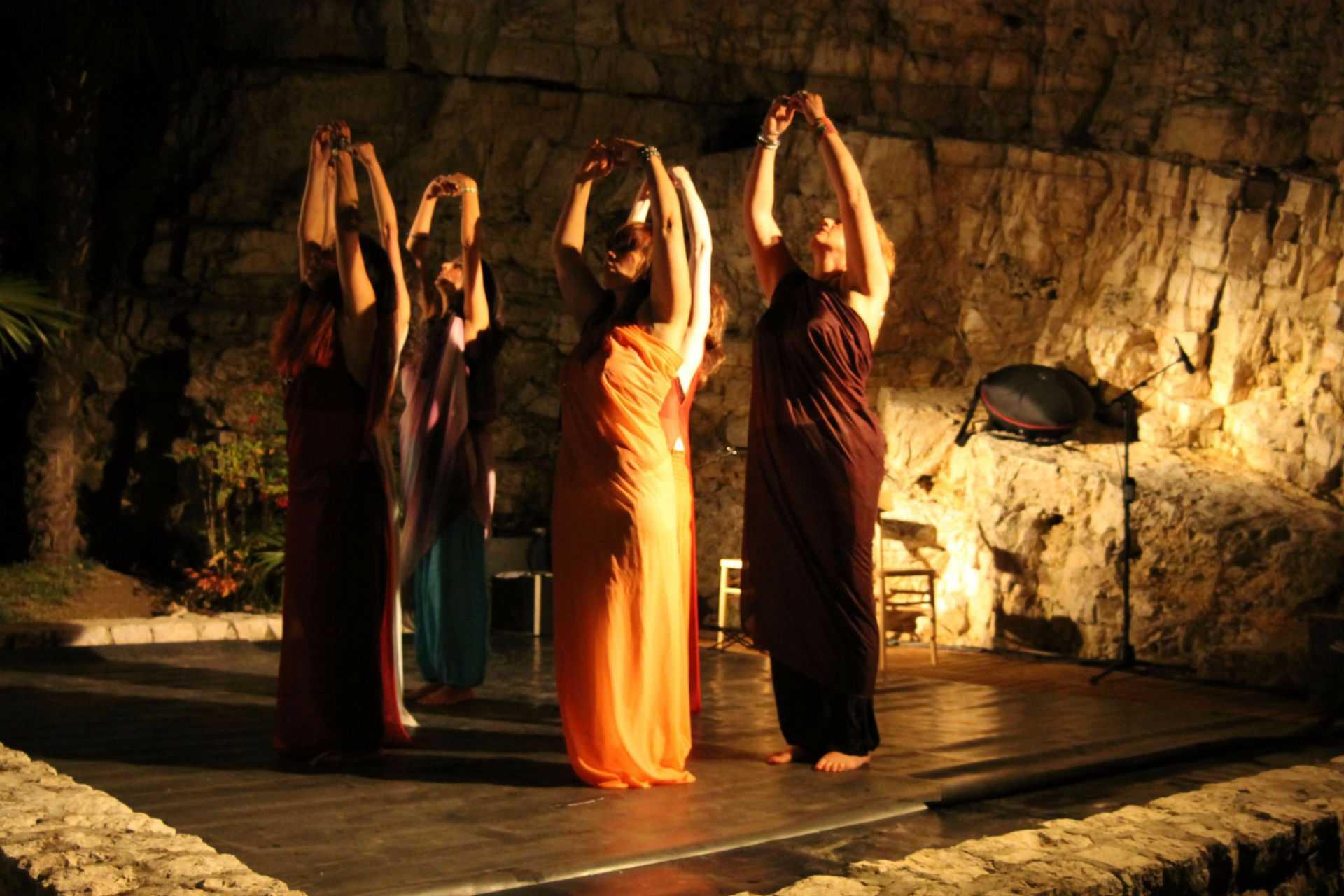 La Fenice – danza e giochi con il fuoco