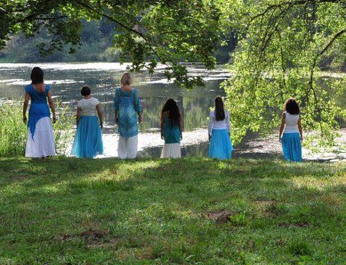 Fluire come l'acqua – Laboratorio di danza orientale creativa